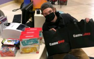 Man Made Money From GameStop Shares And Buys Gaming Consoles For Children's in Hospital