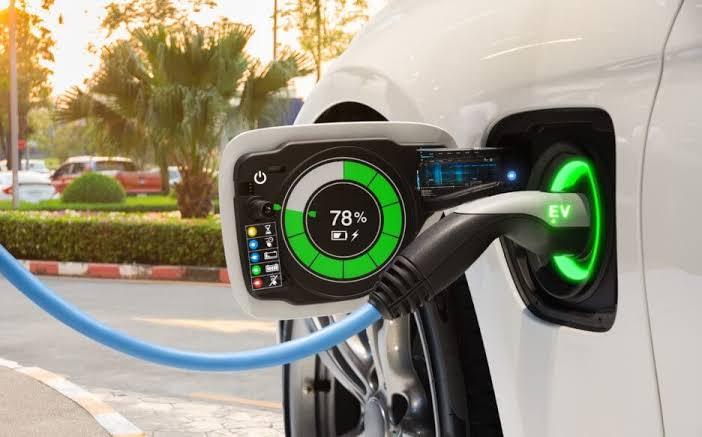 Norway To Ban Gas Car Sales in 2025, Replacing The Auto Market With EV's